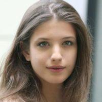 アンナ・チポフスカヤ 『ラン・スルー・ザ・ナイト』でのヌード濡れ場シーン