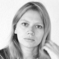 リュシー・ボルルトー 『官能の迷宮』でのヌード濡れ場シーン