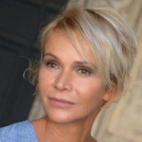 エリザベッタ・キャバロッティ 『ポルノ・トーク』でのヌード濡れ場シーン